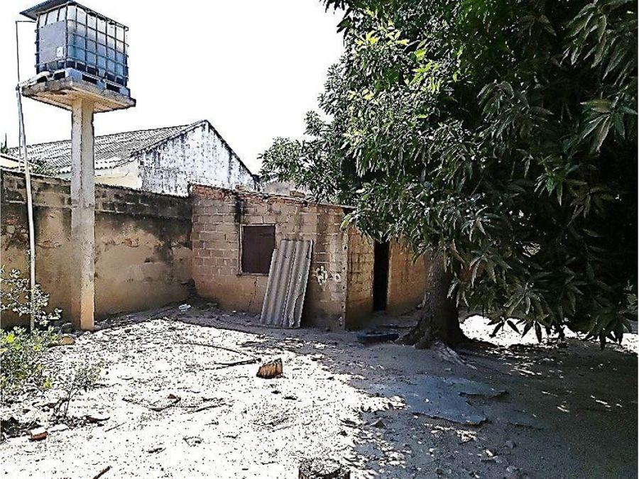 casa residencial en el centro de fonseca la guajira colombia