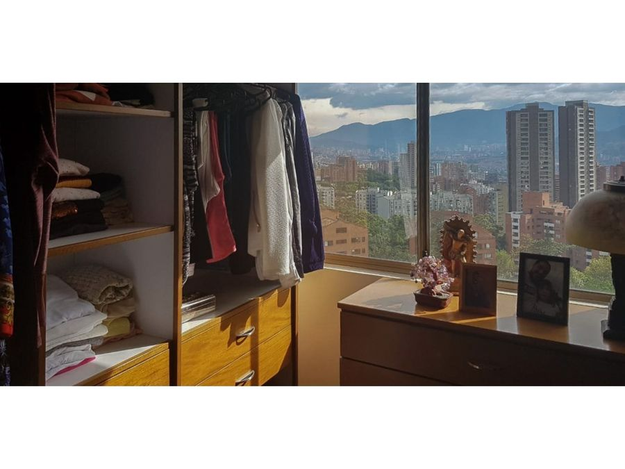 se vende apartamento en edificio santa sofia rio tinto