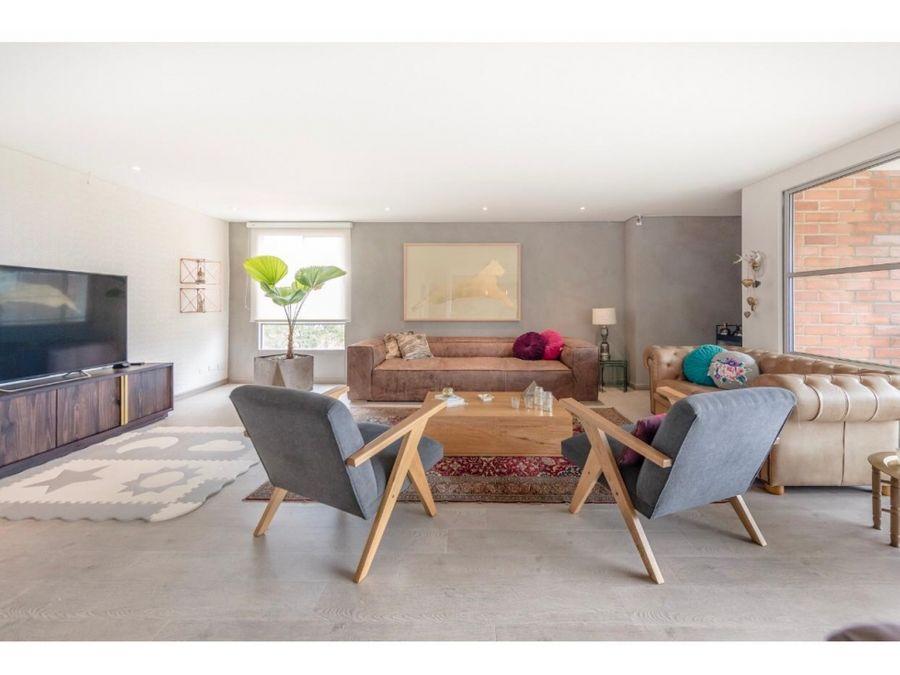amplio apartamento remodelado en la calera el poblado