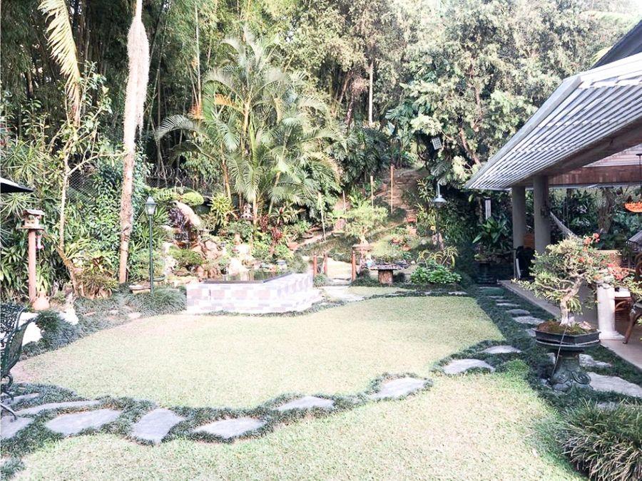 casa en venta en urbanizacion los pomares el poblado