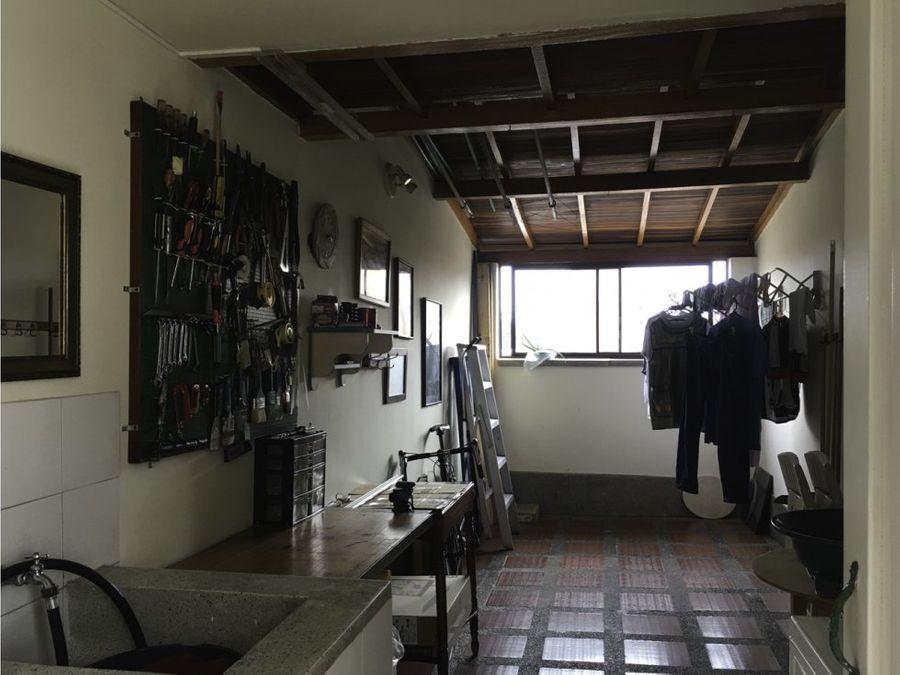 se vende apartamento en el velodromo medellin