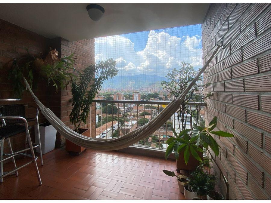 se vende apartamento en suramericana 156 m2 laureles estadio medellin