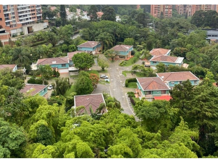 casa en el tesoro en venta en urbanizacion los pomares el poblado