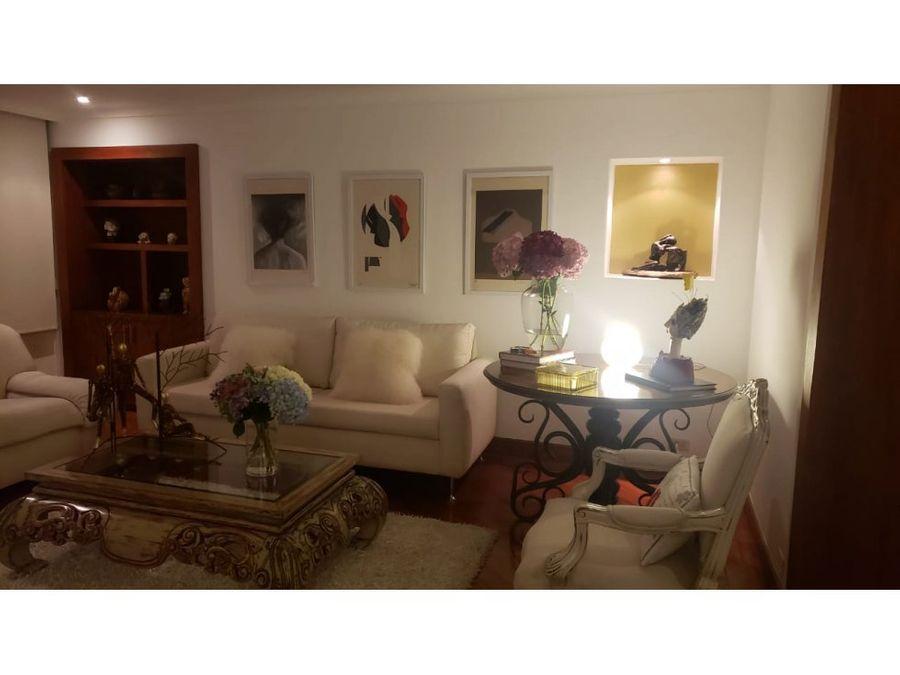 apartamento amplio e iluminado cerca loma de los parra