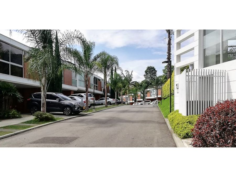 casa en urbanizacion palmeral de avinon envigado