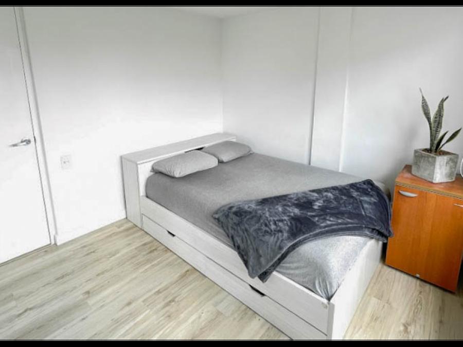 venta de apartamento en tierra grata palmas remodelado amoblado