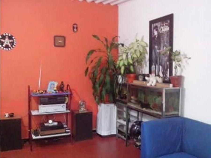vendo confortable casa en fusacatan fusagasuga