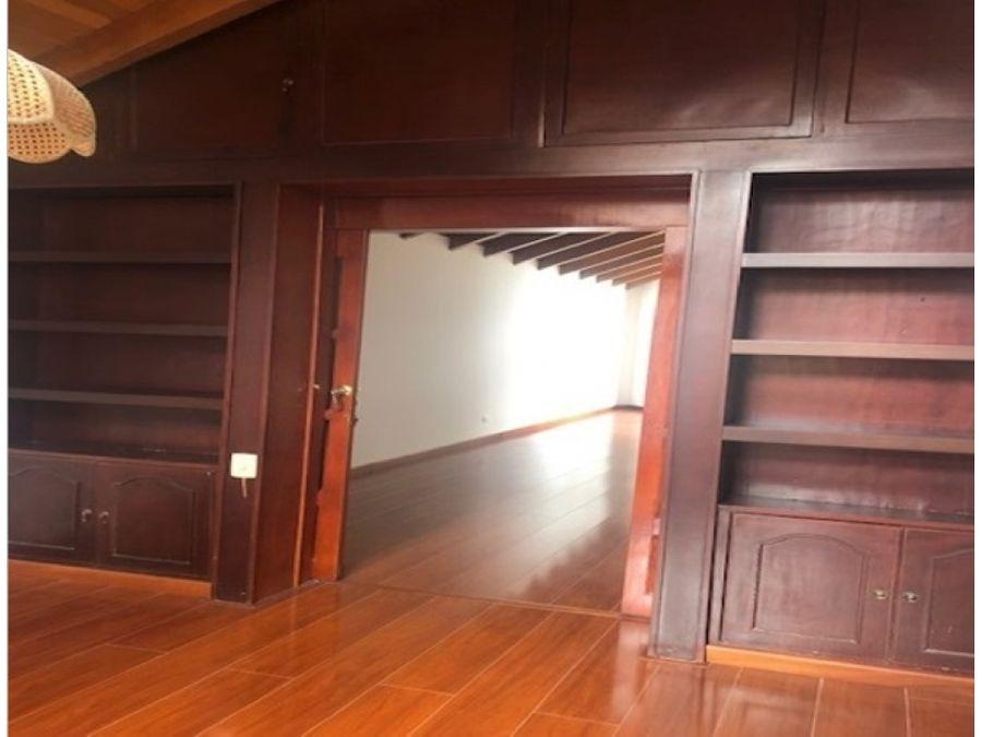 casa en venta arriendo santa ana oriental bogota