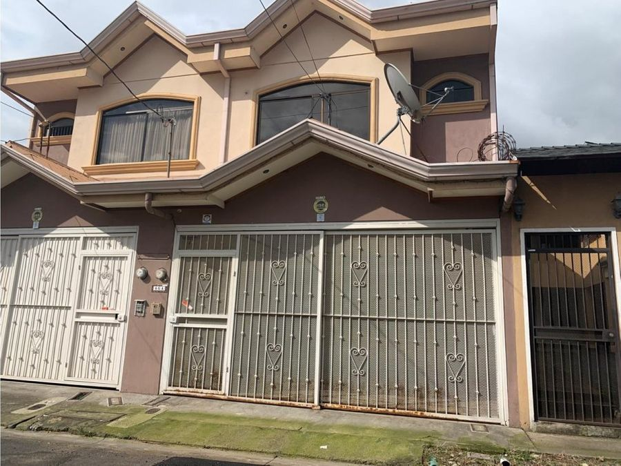 se vende casa en urb monserat la unioncartago