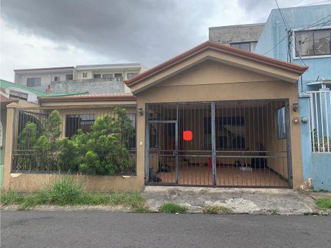 se vende casa en condominio san augustin heredia