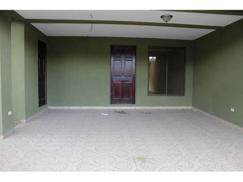 se vende casa en urbanizacion montserrat la union