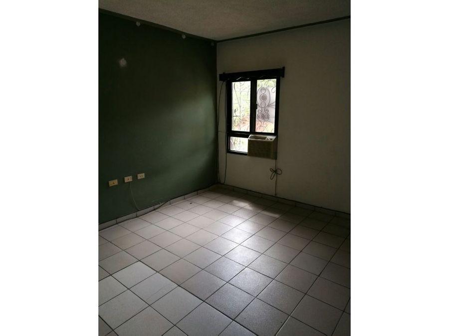 se alquila apartamento en loma verde