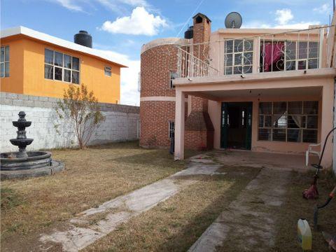 venta casa con amplio jardin en topilco de juarez