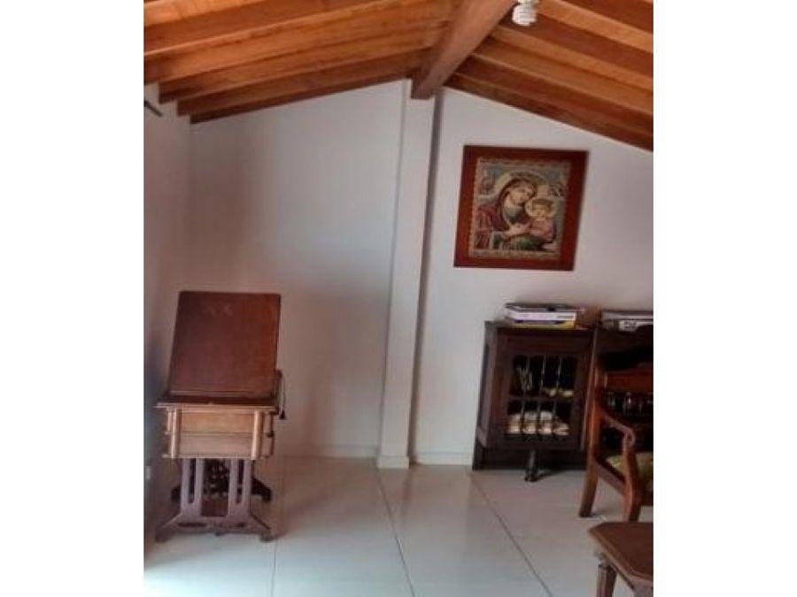 vencambio apartamento duplex sector bosques de san pablo pilarica