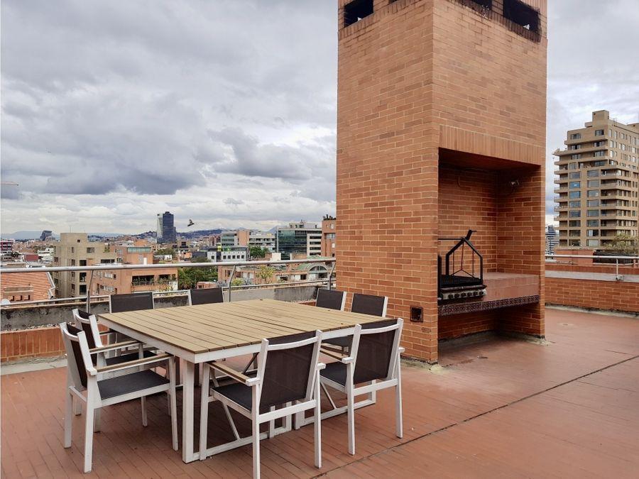 arriendo apartaestudio con balcon excelente ubicacion