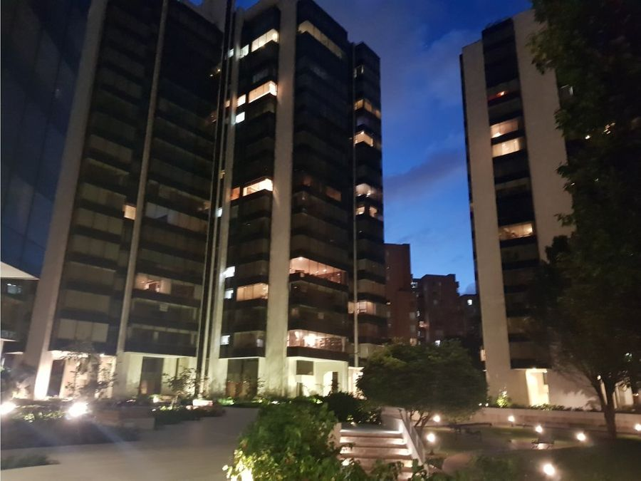 lindo apartamento en venta parque central
