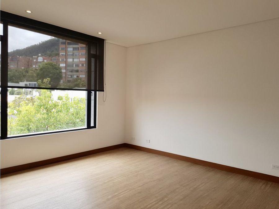 exclusivo apartamento en arriendo en santa barbara alta