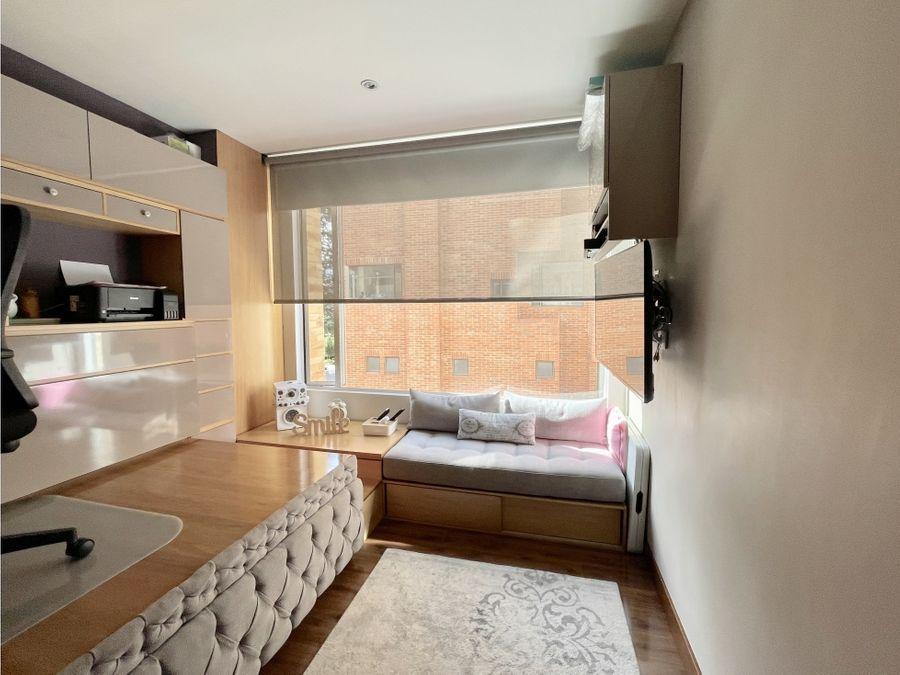 lindo apartamento en la carolina con balcones