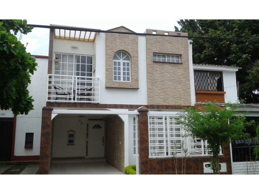 casa independiente en venta en la hacienda cali ah