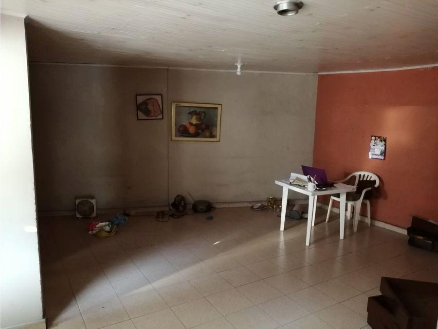 casa externa en granada ah
