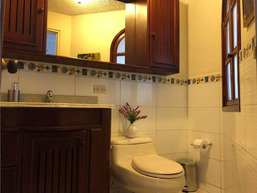 venta hermosa casa en normandia remodelada