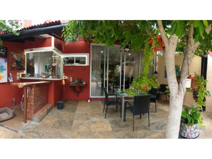en venta hermosa casa lagul cholul
