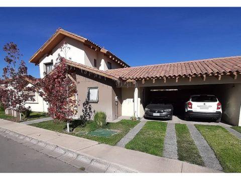 venta casa 3d 4b con estacionamiento piscina y quincho en los andes