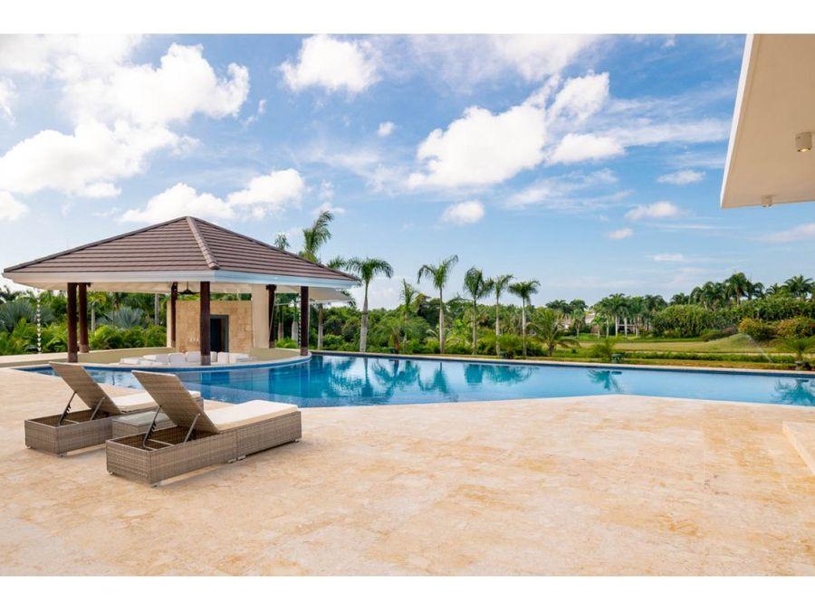 lujosa villa con vista a campo de golf
