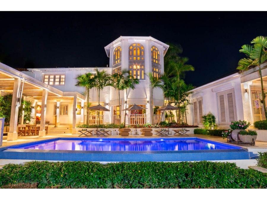 sofisticada villa de lujo junto a la marina de casa de campo