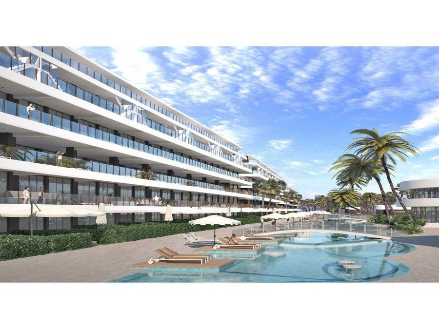 apartamentos en complejo de playa y golf