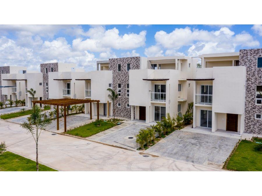 lindas villas en complejo con piscina bavaro punta cana