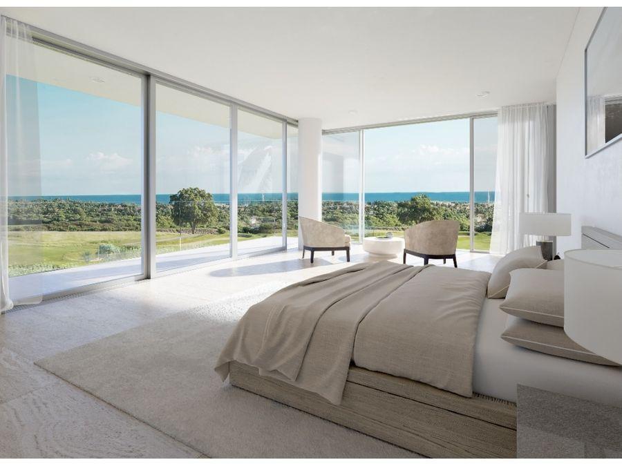 villa en exclusiva zona con vista al mar y al campo de golf