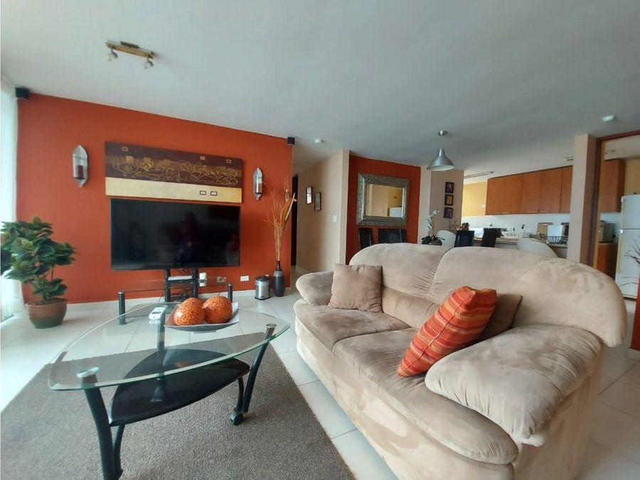 se vende apartamento con vista al oceano en terramar