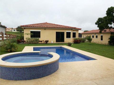 vendo casa en hacienda pacifica con piscina mm