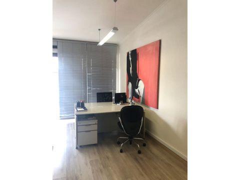 preciosa oficina en la sabana a pocos metros de la principal