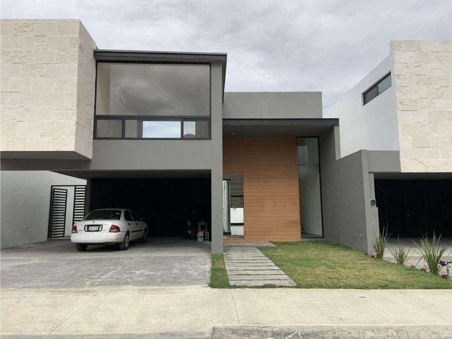 casa en venta en carretera nacional el barrial