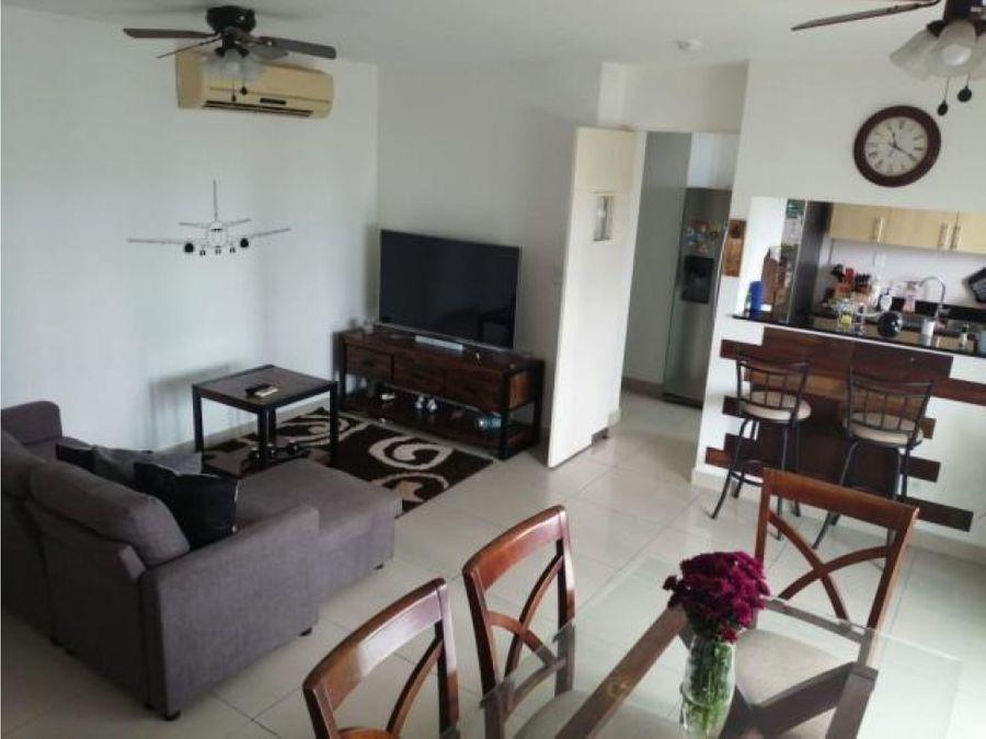 apartamento en alquiler costa del este pp20 11776