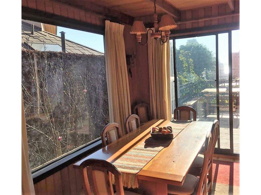 venta exclusiva con maderas nobles en jardin del mar