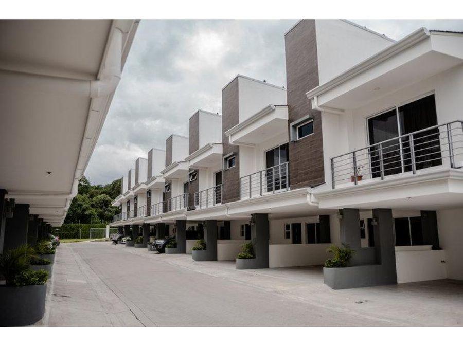 vendo moderna casa en condominio