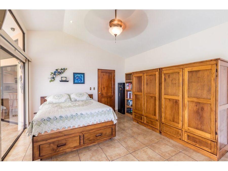 excelente oportunidad para una casa de dos dormitorios
