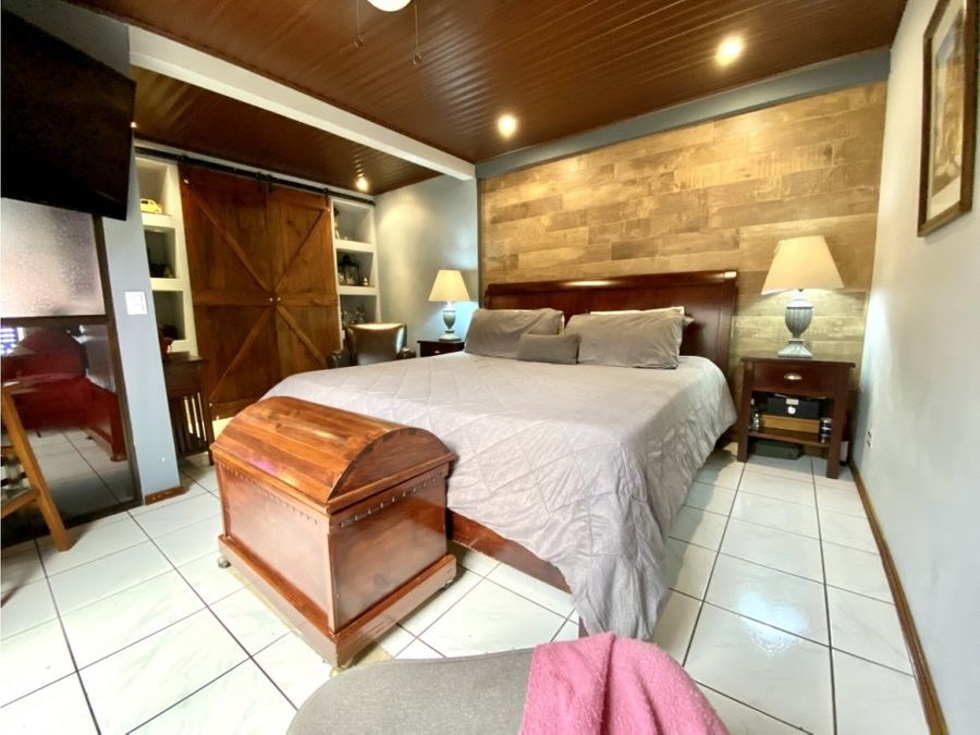 casa en venta urbanizacion la trinidad alajuela centro costa rica