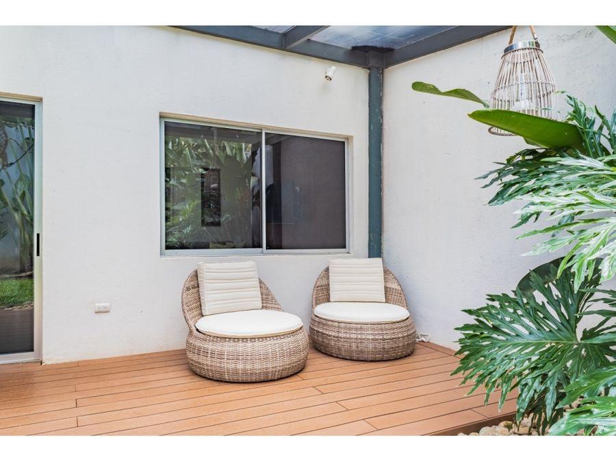 se vende casa ubicada en el centro de alajuela costa rica