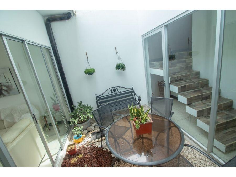 brisa luminosa residencial britania san jose costa rica remax
