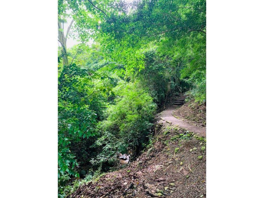 su terreno en un oasis de paz seguridad y naturaleza
