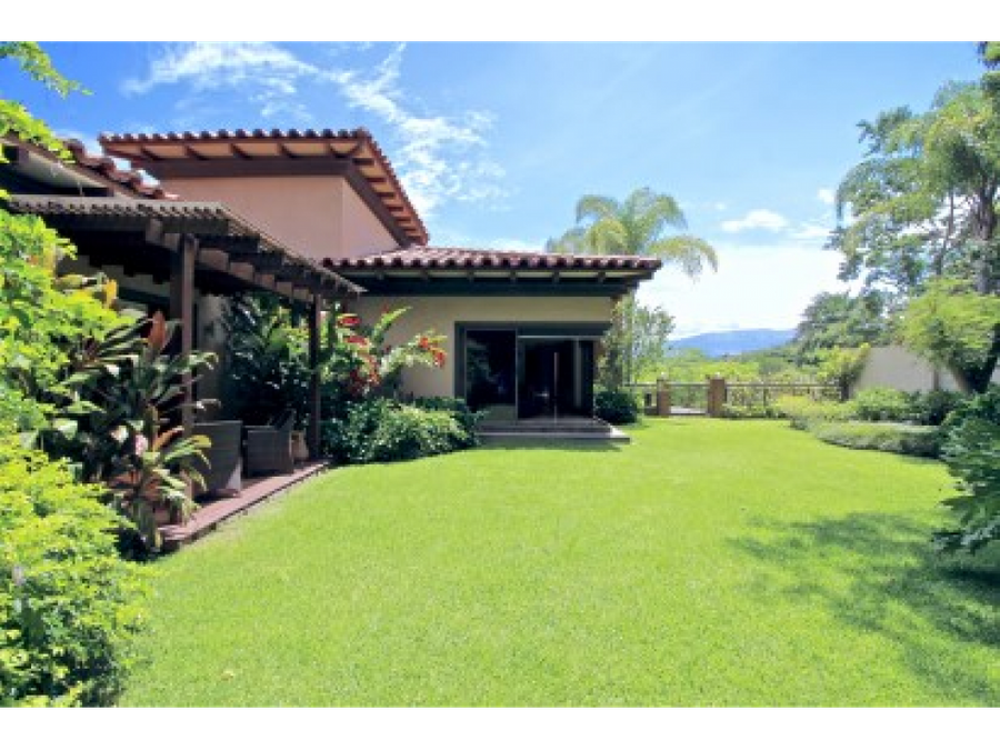 a villa real santa ana 5 bedroom home