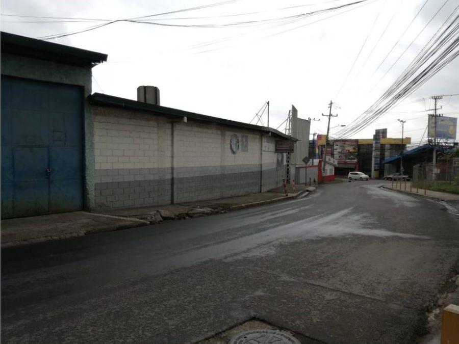bodega en calle blancos
