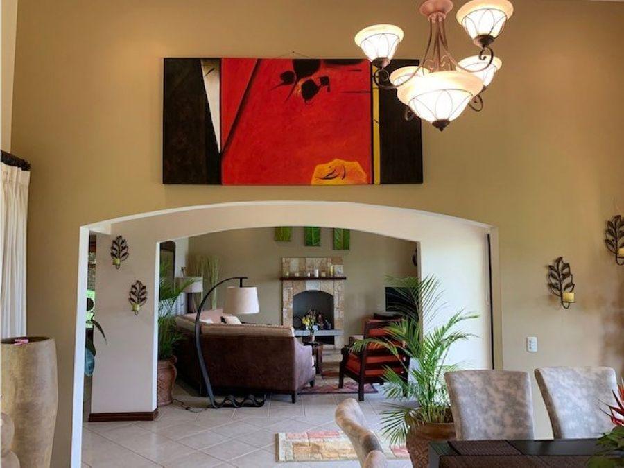 casa personalizada de lujo