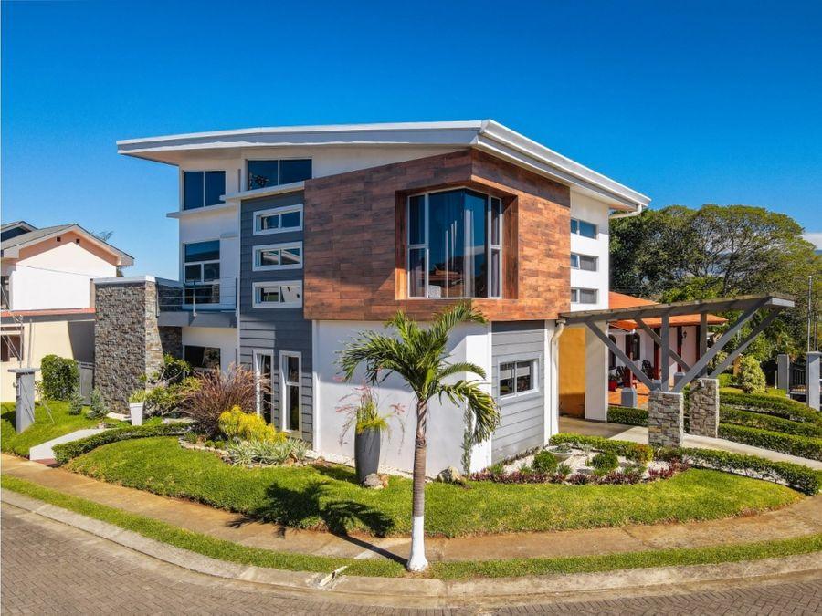 casa arista del poder hermosa casa con altos detalles arquitectonicos