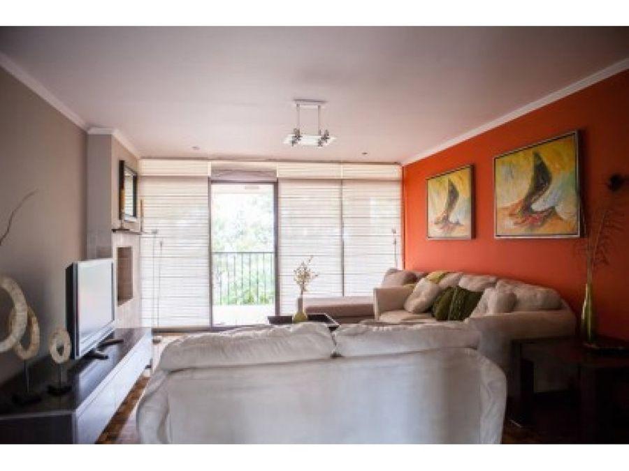 casa en la sabana con un apartamento
