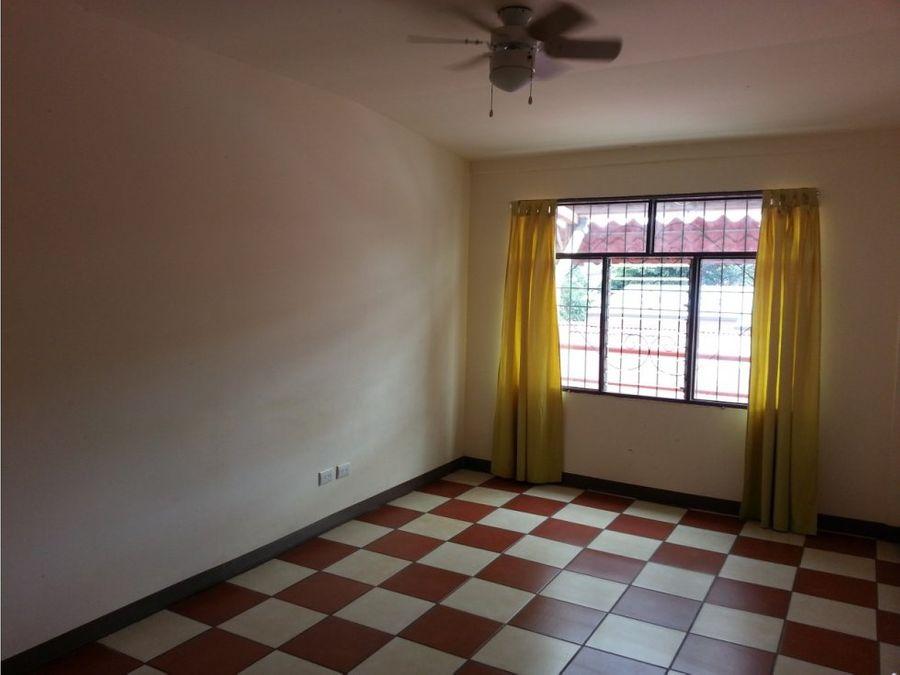 apartamento en rohrmoser a la venta
